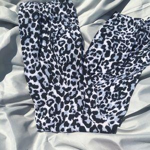 Maurices Pants - Leopard leggings